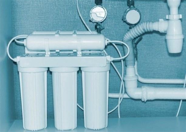 Торговцы преуменьшают опасность фтора и пытаются продавать людям специальные фильтры для воды