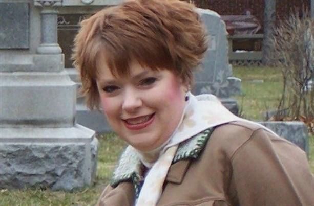Эшли Хоули вытащила экстрасенса из постели, чтобы найти ее тело