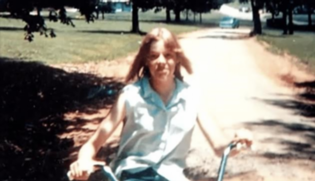 Эйлин Уорнос в подростковом возрасте называли «сигаретной свиньей»
