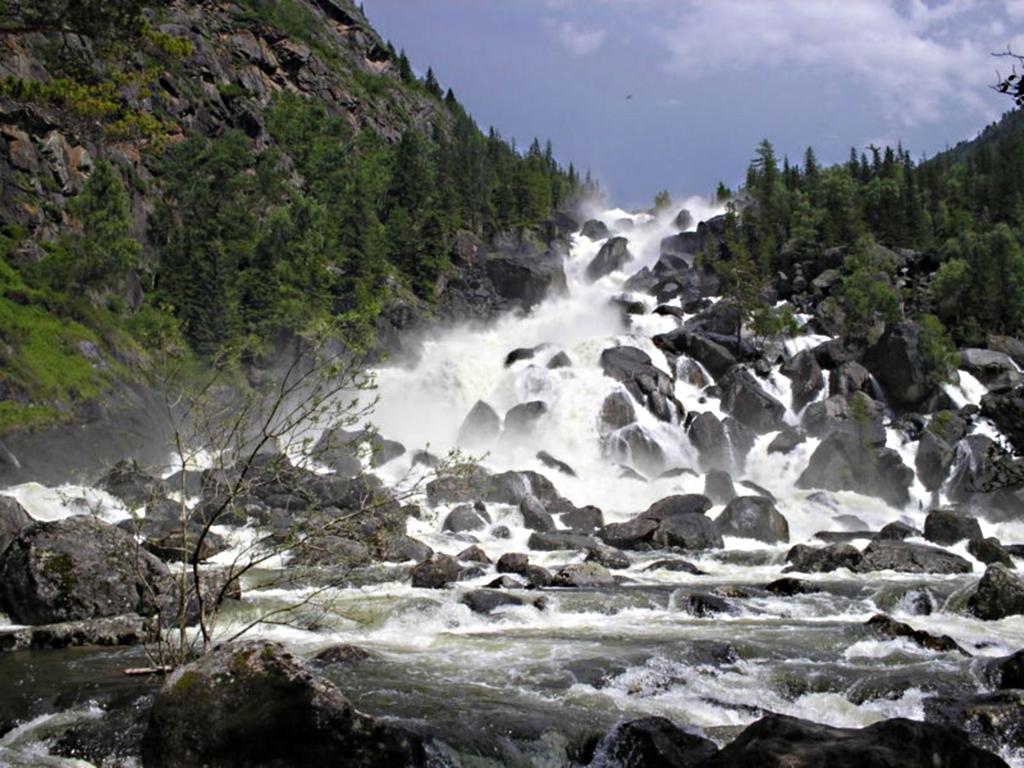 фото падения реки