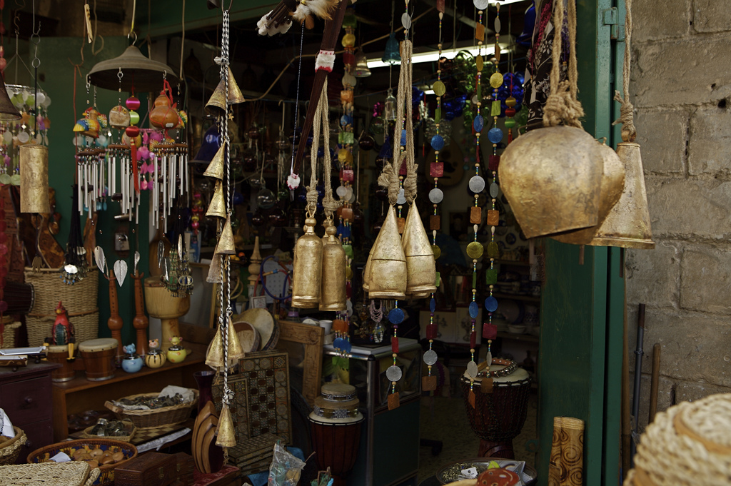 блошиный рынок, старина, барахолка, старьё, фото