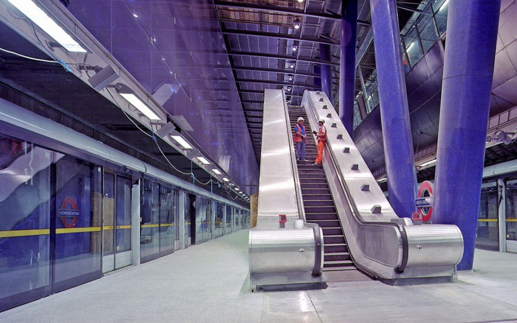 фото метро в Англии