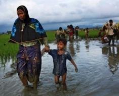 Rohingya-fleeing-Myanmar