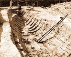 Sutton-Hoo-ship-burial