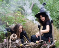 witches-e1420089628382