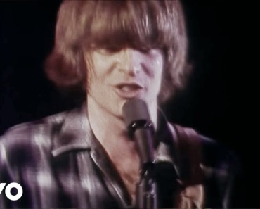10 популярных песен в рок-трактовке
